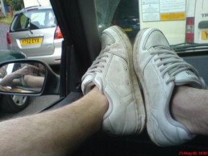 5558406791_human_feet_in_sneakers_answer_2_xlarge[1]